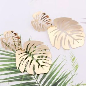 Beach Leaf Big Earrings Gold Color